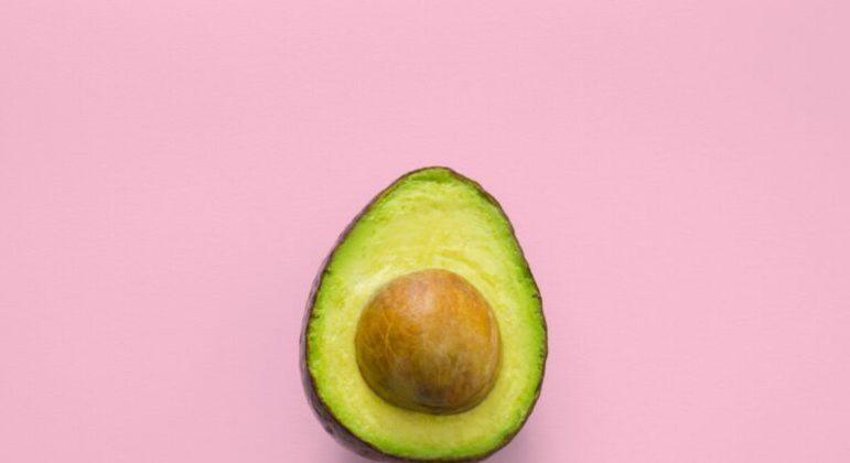 Guia da Cozinha - Sobremesas deliciosas com abacate para quem ama a fruta