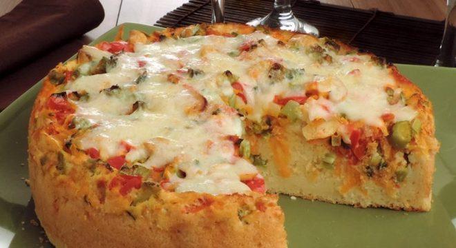 Guia da Cozinha - Torta de arroz e legumes para um almoço simples e econômico