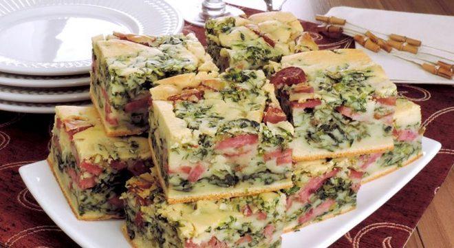 Guia da Cozinha - Torta de calabresa e escarola