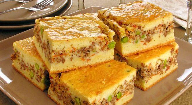 Guia da Cozinha - Torta de carne moída com massa de creme de leite