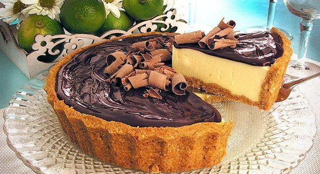 Guia da Cozinha - Torta de limão e ganache para uma sobremesa surpreendente