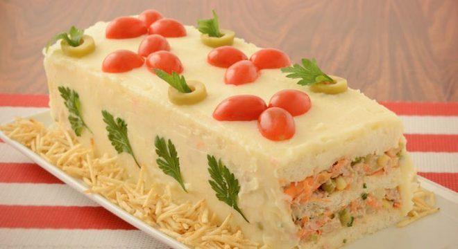 Guia da Cozinha - Torta fria de salpicão simples e deliciosa
