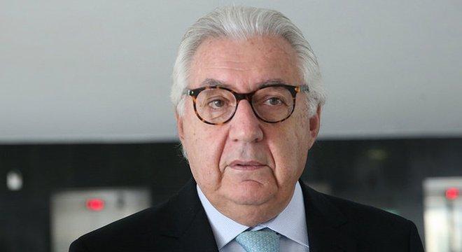 No fim dos anos de governo Sarney, Guedes passou a atuar na coordenação do plano econômico do candidato à Presidência Guilherme Afif Domingos (foto)