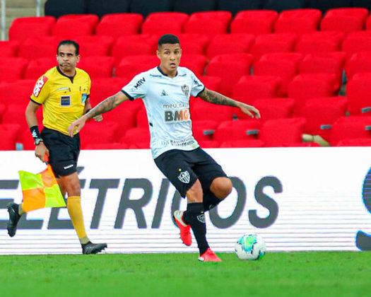 Guilherme Arana - Um dos melhores laterais pela esquerda do Campeonato Brasileiro até o momento, Guilherme Arana, de 23 anos, tomou conta da posição desde que chegou no Atlético-MG, no início do ano de 2020. O defensor já trabalhou com Tite quando defendia o Corinthians