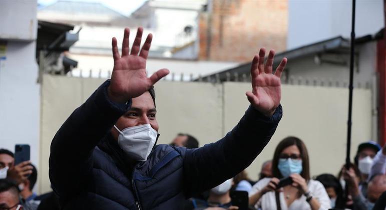 Andrés Arauz deve ser eleito presidente do Equador, segundo uma das pesquisas boca de urna
