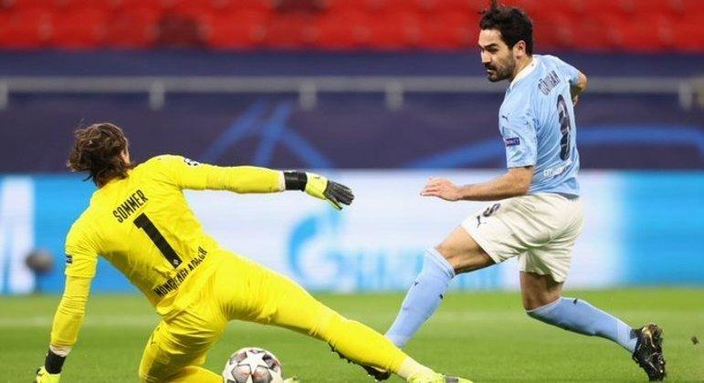 Gondoghan, o lance do segundo gol, City 2 X 0 Borussia Moenchengladbach