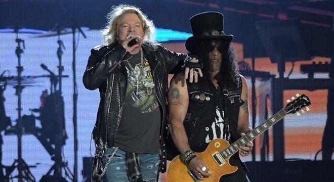 Hit do Guns N' Roses é cantado nos estilos de 20 bandas diferentes; assista
