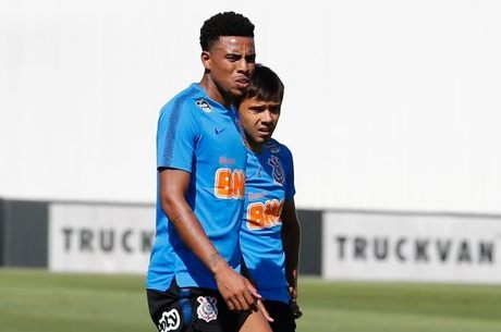 Atacante Gustagol segue em alta no Corinthians