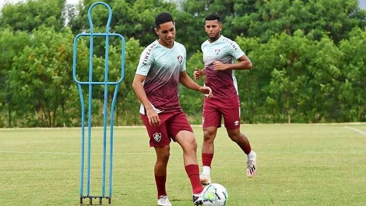 Gustavo Apis - meio-campista - 21 anos - contrato até 31/12/2021