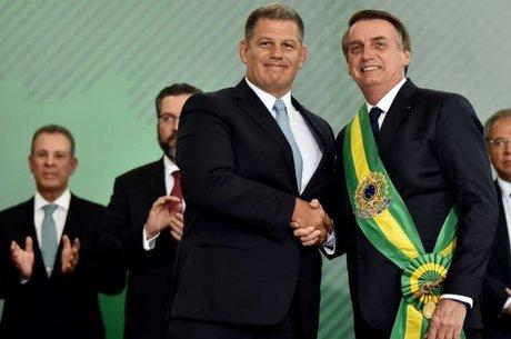 Bebianno (esq.) em 1º de janeiro, na posse de Bolsonaro (dir.)