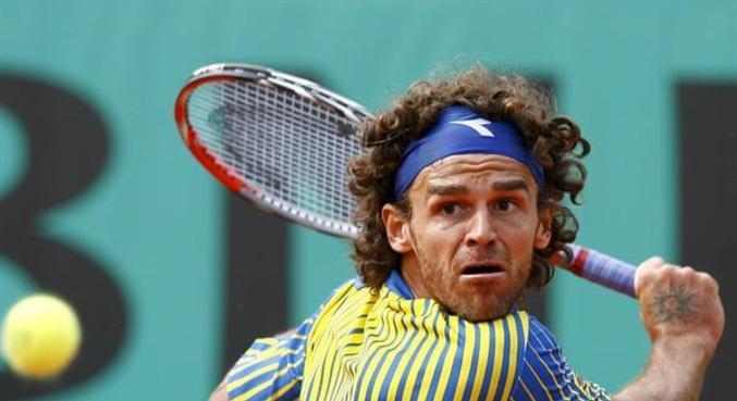 Guga foi campeão em Ronald Garros nos anos de 1997, 200 e 2001