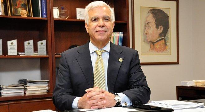 Gustavo Pulido é presidente da Bolsa de Valores de Caracas desde 2017