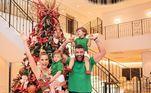 Gusttavo Lima mora com a mulher,Andressa Suita, e os dois filhos, Gabriel, de 3 anos, e Samuel, de 2 anos. O música e a modelo estão juntos desde 2015