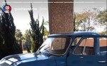 A garagem de Gusttavo Lima é objeto de desejo de amantes de automóveis, seja de luxo ou relíquias, como esse Chevrolet C-10 de 1972.Avaliada em mais de R$ 60 mil, esta raridade fez poucas aparições nas redes sociais do cantor