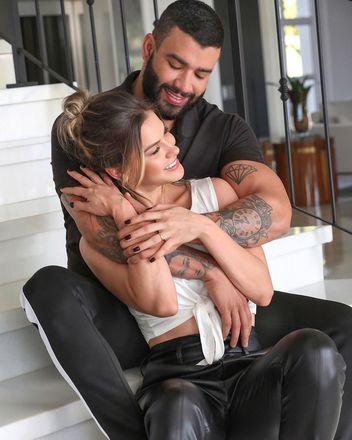 Antes de a separação vir à tona, Gustatvo e Andressa, que são pais de dois filhos, exibiam uma vida feliz nas redes sociais e eram um dos casais preferidos das marcas para ações de publicidade; confira
