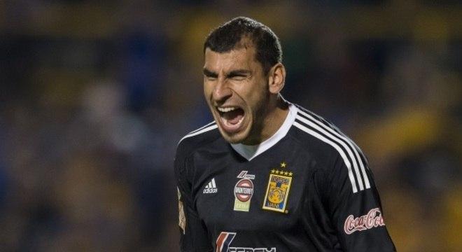 Titular no Tigres-MEX, o goleiro Nahuel Guzmán foi chamado para o lugar do lesionado Romero