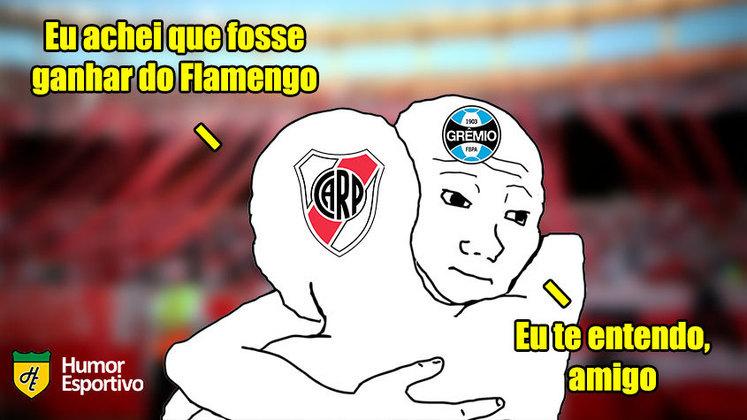 Há 1 ano, em 23 de novembro de 2019, o Flamengo conseguia uma virada histórica sobre o River Plate e conquistava a Libertadores da América pela segunda vez. Relembre como os torcedores tiraram onda nas redes sociais! (Por Humor Esportivo)