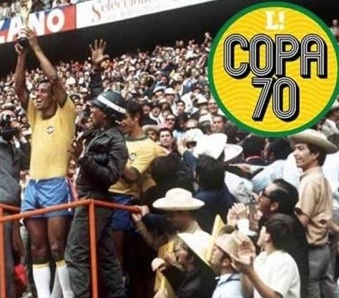 Há 50 anos, Carlos Alberto Torres levantava a cobiçada Taça Jules Rimet, após a Seleção Brasileira derrotar a Itália por 4 a 1 na final da Copa do Mundo de 1970. O LANCE! recorda o que acontecia no Brasil e no mundo neste ano avassalador. Confira!