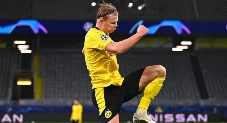 """Erling Haaland, o norueguês do Borussia Dortmund, agora 8 tentos na """"Champions"""""""