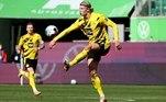 Já o Borussia Dortmund ficou mais próximo de alcançar uma vaga para a próxima Champions League, a vencer o Wolfsburg por 2 a 0, como visitante. O norueguês Haaland novamente decidiu e marcou os dois gols de sua equipe, que se mantém na 5ª colocação na competição, com 55 pontos