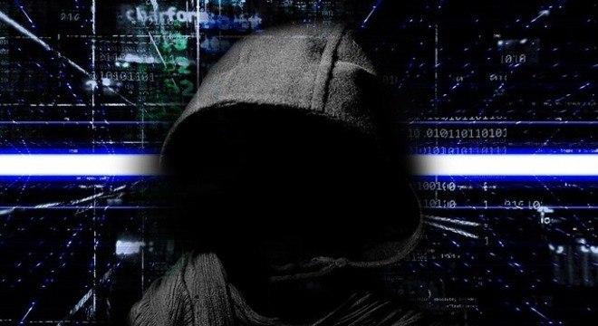 Hackers usam dados pessoais para aplicar golpes e ganhar dinheiro na dark web