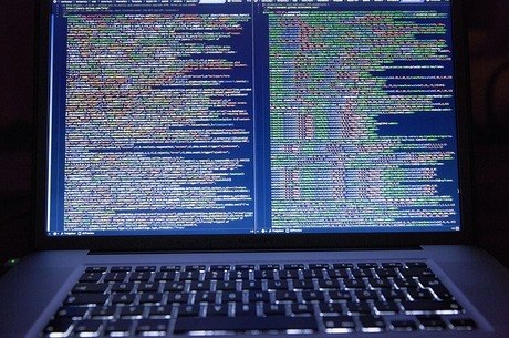 Medida é criticada por abrir brechas à privacidade