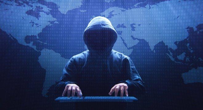 Turchin usava o apelido de Fxmsp como seu nome de usuário na internet, mas também era conhecido como 'o deus invisível' das redes