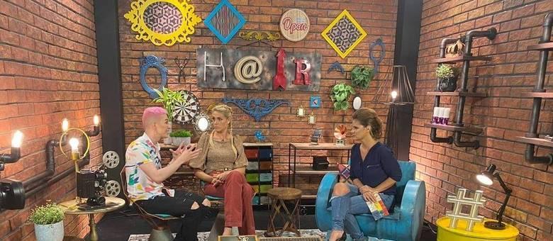Dani Baboso comanda live exclusiva com Ana Hickmann e o segundo eliminado de Hair