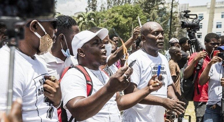 Haitianos fizeram protesto diante do palácio residencial em Porto Príncipe nesta quarta