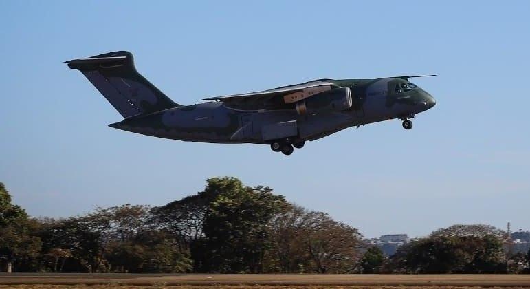 Avião KC-390 Millennium decolou para o Haiti levando mantimentos