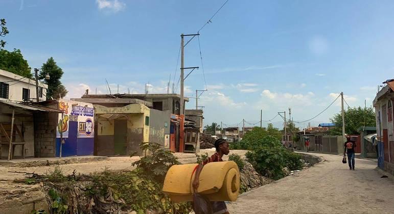 Alguns vilarejos se mantém com o comércio local