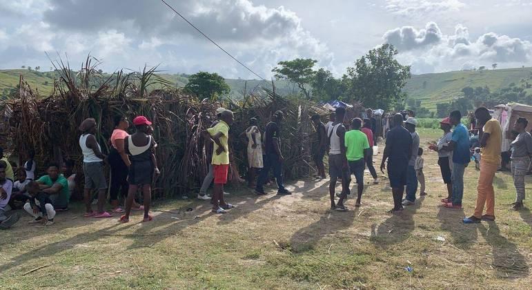 Abrigo com vítimas do terremoto na região Sudoeste do Haiti