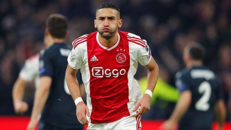 Hakim Ziyech também já foi oficializado no Chelsea. Os Blues contrataram o jogador do Ajax para a próxima temporada.
