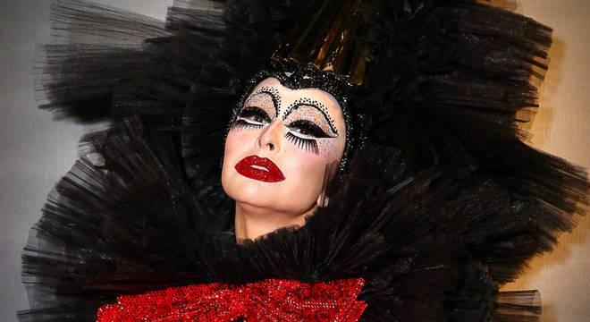 Sabrina Sato brilha em festa de Halloween da Sephora