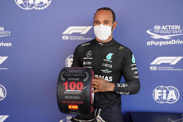 Pole PositionHamilton foi o piloto que mais vezes largou na posição de honra do grid (100 vezes) e leva uma ampla vantagem para o segundo (Schumacher com 68) e terceiro lugar (Senna com 65 poles)