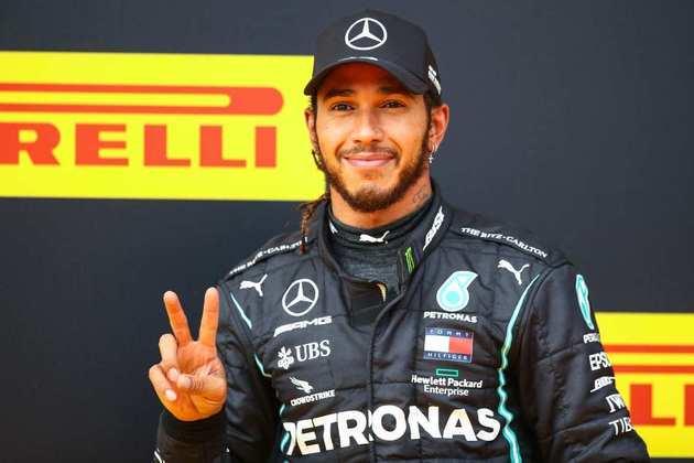 Hamilton comemora a 85ª vitória na Fórmula 1, se aproximando do recorde de Michael Schumacher (91)