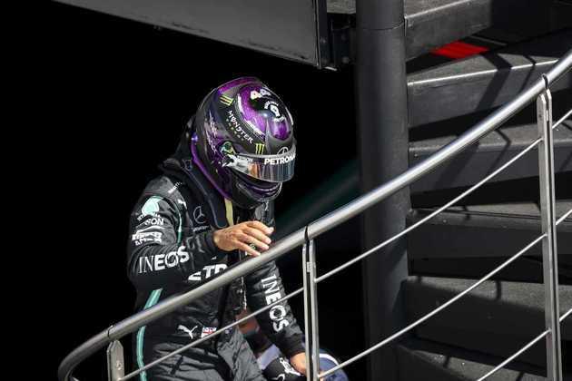 Hamilton marcou 1min15s144 para superar o companheiro de equipe no grid