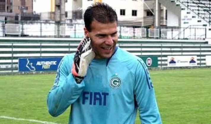 Harlei - Ídolo do Goiás, o ex-goleiro jogou 65 jogos na Copa do Brasil. O ex-jogador foi bicampeão da competição pelo Cruzeiro em 1993 e 1996.