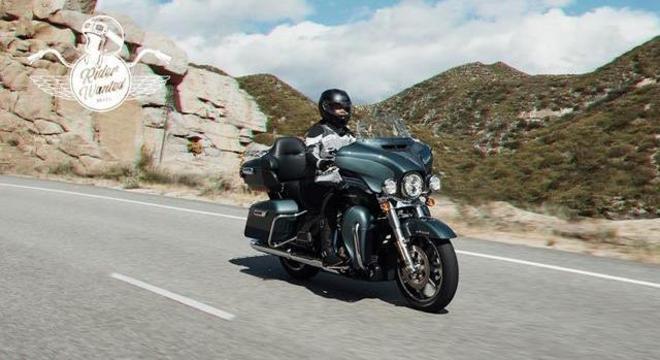 Modelo a ser pilotado pelo feliz motociclista será a Ultra Limited como da foto