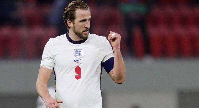 Kane volta a marcar com a camisa da seleção inglesa