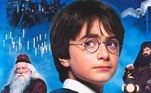 Nesta sexta-feira (31), Harry Potter faz 40 anos. Na história, o personagem principal nasceu no dia 31 de julho de 1980. Além disso, a data coincide com o aniversário de J.K. Rowling, autora dos livros da série, que completa 55 anos. Para comemorar, relembre curiosidades do bruxinho!