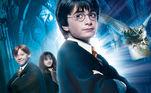 Harry Potter e a Pedra Filosofal: o primeiro filme da icônica série de filmes de bruxos que marcou gerações chegava às telonas para fazer história. A produção é baseada nos livros de J.K Rowling
