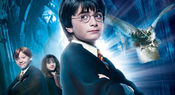 'Harry Potter e a Pedra Filosofal' foi lançado em 2001