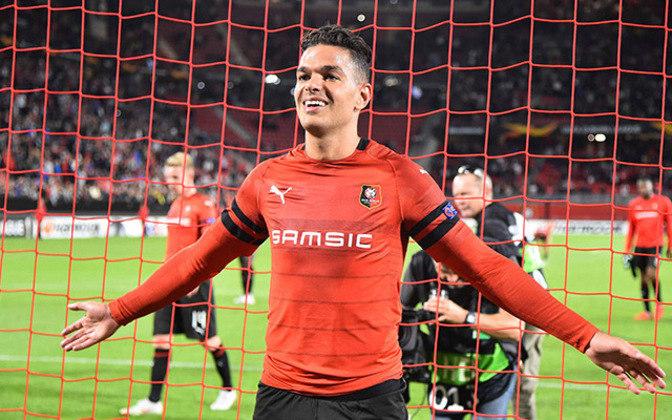Hatem Ben Arfa (34 anos): atacante - Último clube: Bordeaux - Valor de mercado: 3 milhões de euros.