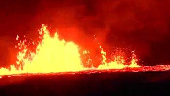 __Lava do vulcão Kilauea ameaça bloquear rota de fuga no Havaí__ (Reprodução)