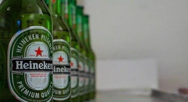Heineken terá de ajustar campanha de recall após risco de lascas em garrafas