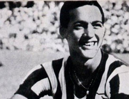 Heleno de Freitas: artilheiro do Botafogo na década de 40, não disputou nenhuma Copa do Mundo, pois deu o azar de pegar justamente o período em que o torneio estava suspenso por causa da Segunda Guerra. Quando podia ser convocado para a Copa de 50, estava debilitado.