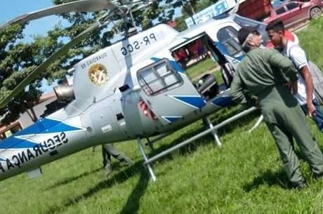 Helicóptero usado em resgate de militar ferido