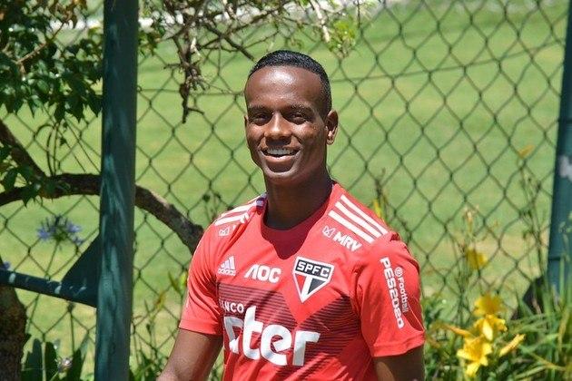 Helinho - Considerado na sua chegada ao time profissional do São Paulo como uma grande promessa, não conseguiu brilhar e foi perdendo espaço, atuando hoje, aos 20 anos, no RB Bragantino. Seu valor atual é de R$ 22 milhões.