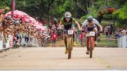 Confira as melhores imagens da Copa Internacional de Mountain Bike em Araxá-MG ()